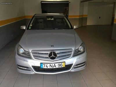 usado Mercedes C220 Avangarde cx.aut.