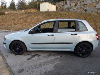 usado Fiat Stilo 1.2 16v 6velocidades -