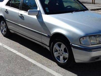 usado Mercedes C200 Diesel vend troc -
