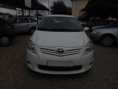usado Toyota Auris 1.4 D COMFORT