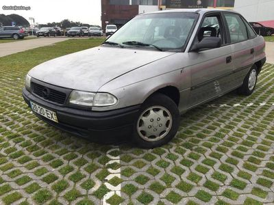 gebraucht Opel Astra 1.4 caixa automática