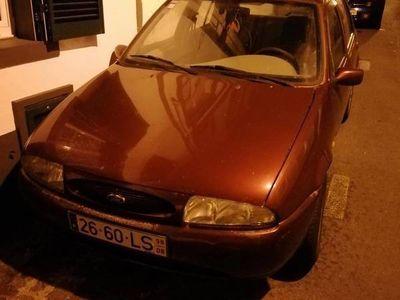 usado Ford Fiesta 1200