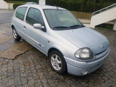 usado Renault Clio 1.9 diesel comercial