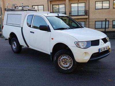 usado Mitsubishi L200 2.5 DI-D 4x4 Naciona