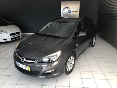 usado Opel Astra Sports Tourer 1.6Cdti Cosmo