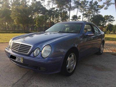 usado Mercedes CLK320 W208