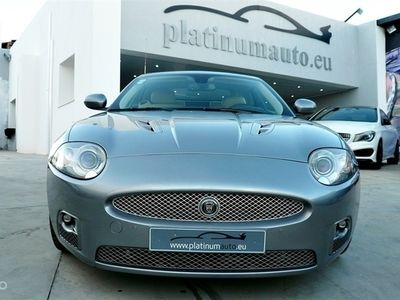 1/4 Usado Jaguar XKR 4.2 V8 S/C Convertible (416cv) (2p)