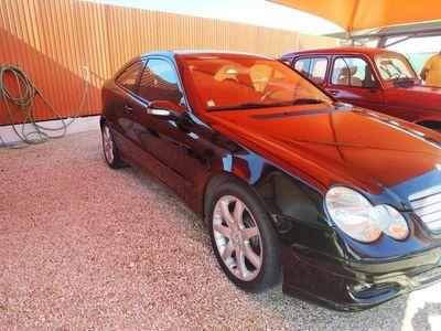 usado Mercedes 220 coupe