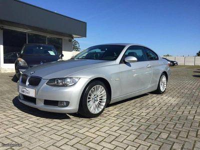 usado BMW 320 d Coupé - Garantia