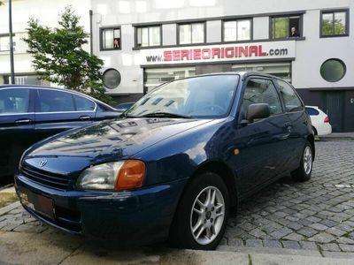 usado Toyota Starlet 1.3i 3 portas