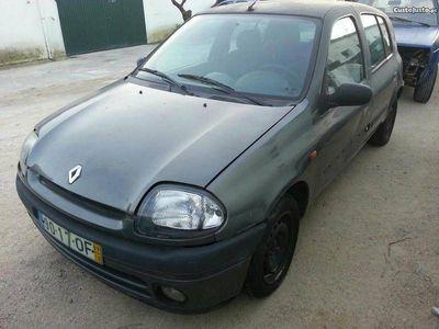 usado Renault Clio 1.2 - 98