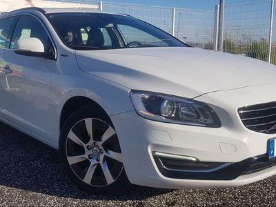 used Volvo V60 2.4 D6 PLUG-IN Hybrid AWD 285cv 5p