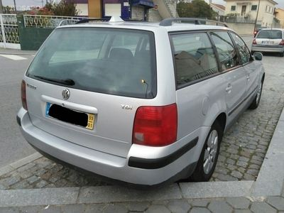used VW Passat V. 1.9 TDi Confortline (110cv) (5p)