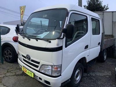 usado Toyota Dyna 3.0 D-4D 7 lugares