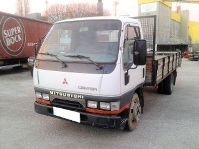 usado Mitsubishi Canter FE 531