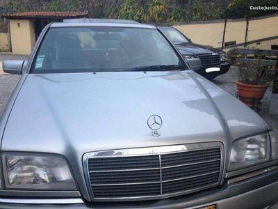 usado Mercedes C200 elegance -