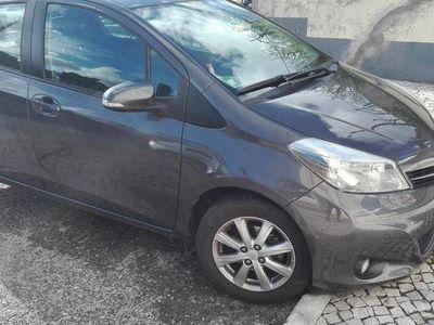 usado Toyota Yaris 1. compact techno -