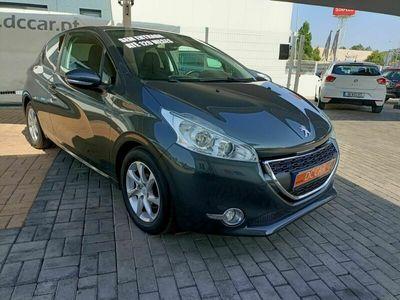 usado Peugeot 208 1.4 ACTIVE