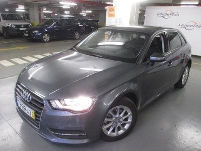 usado Audi A3 1.6 TDi Business Line Attracti