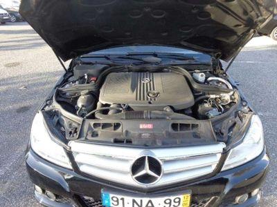 usado Mercedes C220 ClasseCDi Classic BE 124g