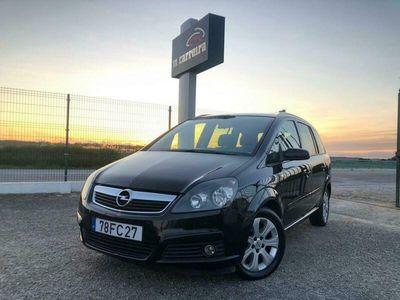 usado Opel Zafira 1.9CDTI