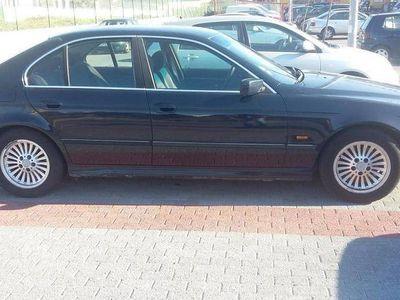 usado BMW 520 2000 6cilindros