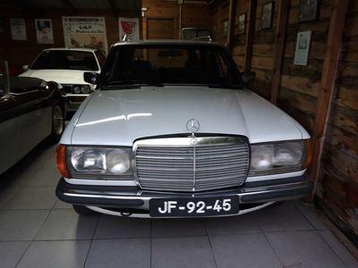 usado Mercedes 240 TDViatura de retoma