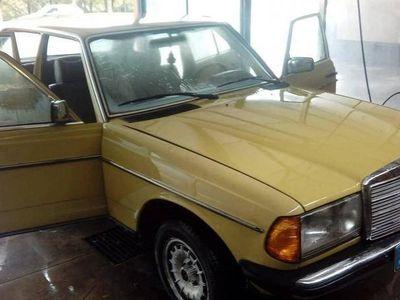 usado Mercedes 240 D limusina