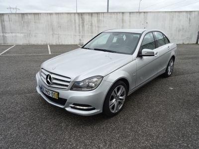 usado Mercedes C220 CDI Avantgarde Aut
