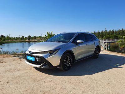 usado Toyota Corolla 1.8 Hybrid TREK