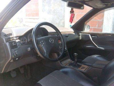 usado Mercedes E220 Avantguard CDI