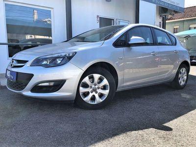 usado Opel Astra 1.6 CDTI DPF Edition