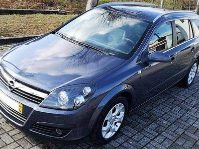 gebraucht Opel Astra 1.7cdti st cosmo