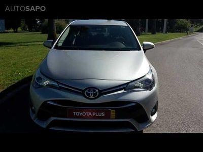 usado Toyota Avensis SD 2.0 D-4D Luxury