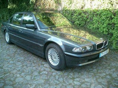 usado BMW 750L AI blindado