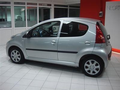 usado Peugeot 107 1.0 Trendy (68cv) (5p)