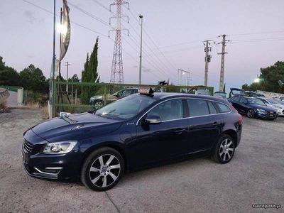 usado Volvo V60 PLUG IN GARANTIA