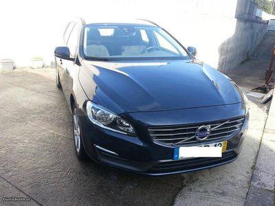 usado Volvo V60 Momentum 1.6D