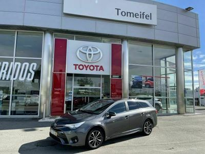 usado Toyota Avensis AVENSISTS 1.6D Luxury