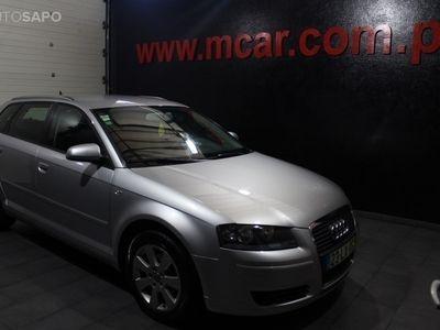 usado Audi A3 Sportback 1.9 TDi Ambiente (105cv) (5p)