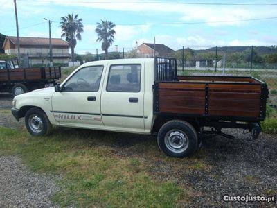 usado Toyota HiLux 5 lugares 4 portas - 95