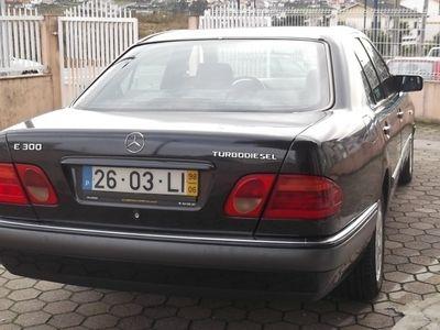 usado Mercedes E300 ELEGANCE CX AUT