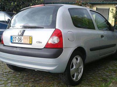 usado Renault Clio 1.5 Dci 85cv - 04