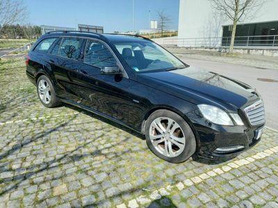usado Mercedes E200 Avantgard be Auto 7 lugares