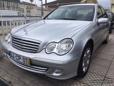 usado Mercedes C220 117.000kms COMO NOVO