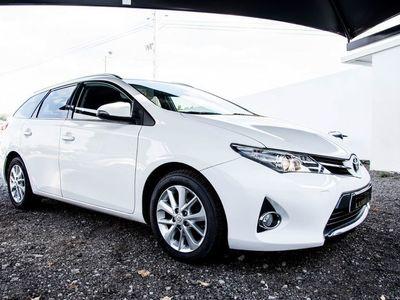 usado Toyota Auris Touring Sports 1.4 D-4D Active+AC+Camera