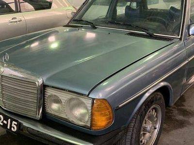 usado Mercedes 240 240LIMOUSINE