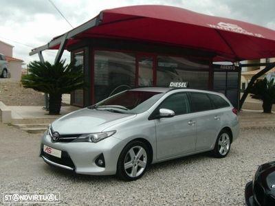 usado Toyota Auris Touring Sports 1.4 D-4D Comfort