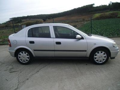 usado Opel Astra 1.2 Club (75cv) (5p)
