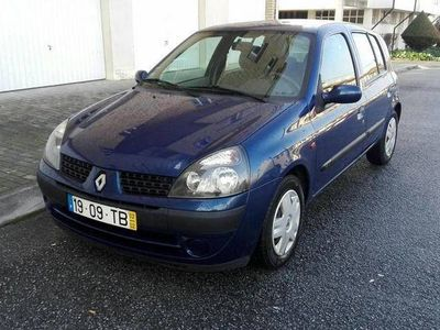 usado Renault Clio 1.2 16v 2002 -